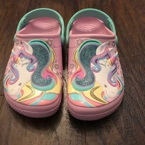 Girls Pink Unicorn Crocs J1 Size 7/8